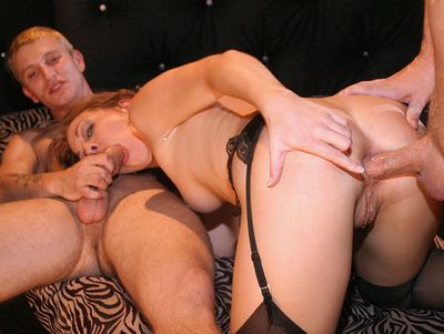 Gang Bang Divas download